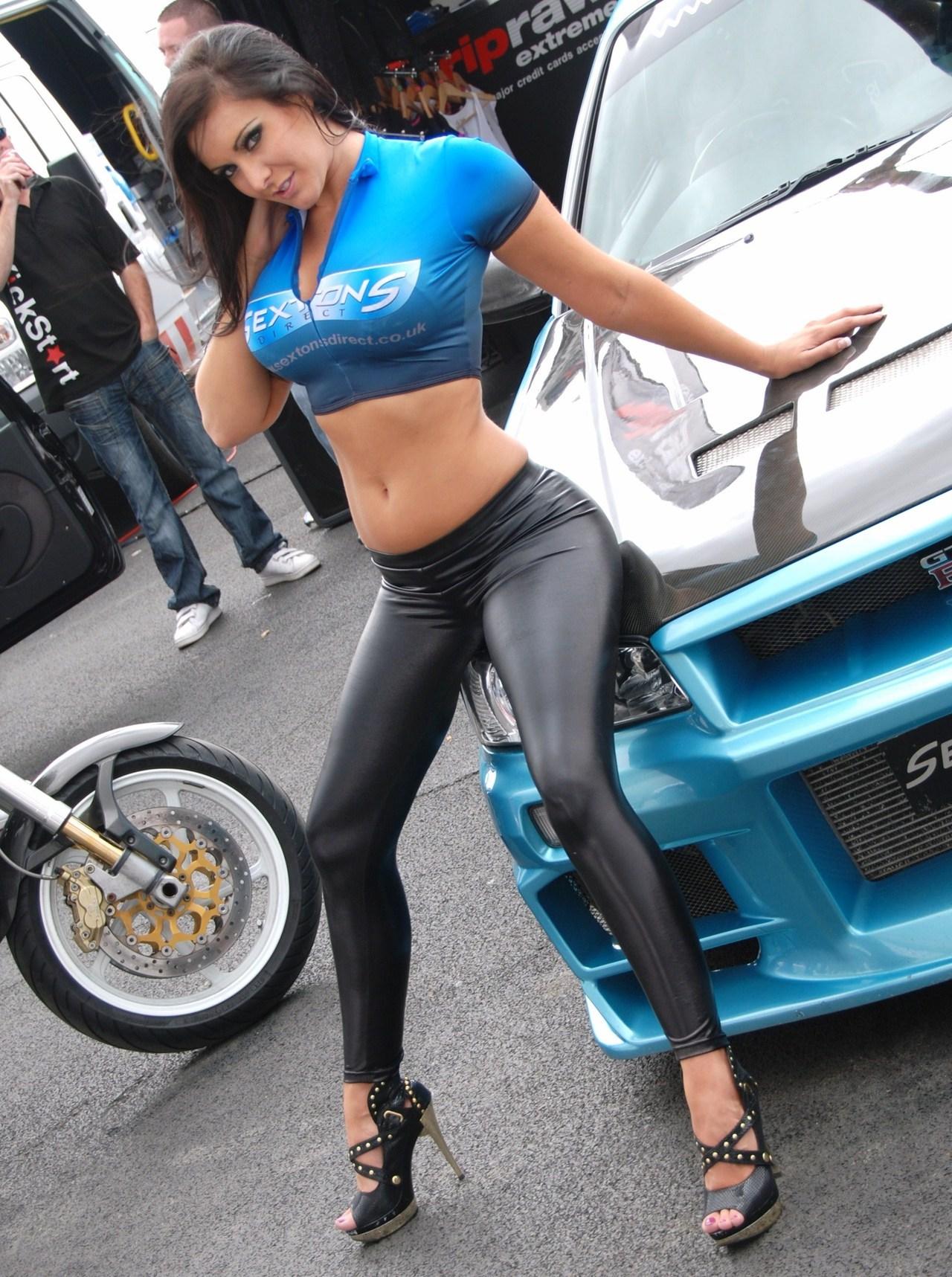 Фото девушки и автомобили 18 фотография
