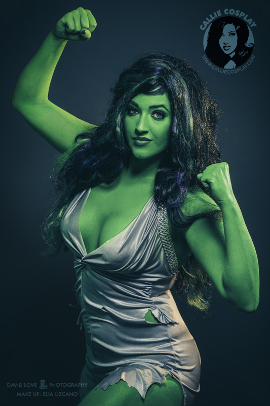 savage she hulk cosplayer